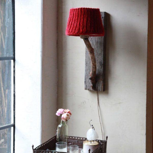 Trävägglampa rustik